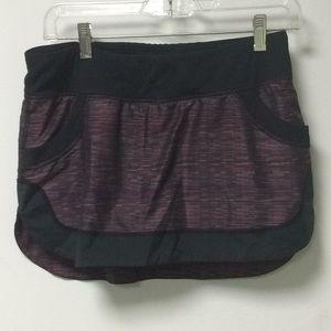 Lululemon stripe skirt size 4, 56667